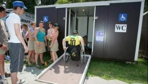 invalidentoilet festivalweb